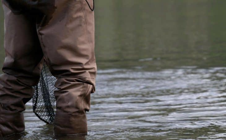 how to choose fishing waders and wading boots
