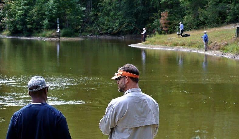 hiring a fishing guide